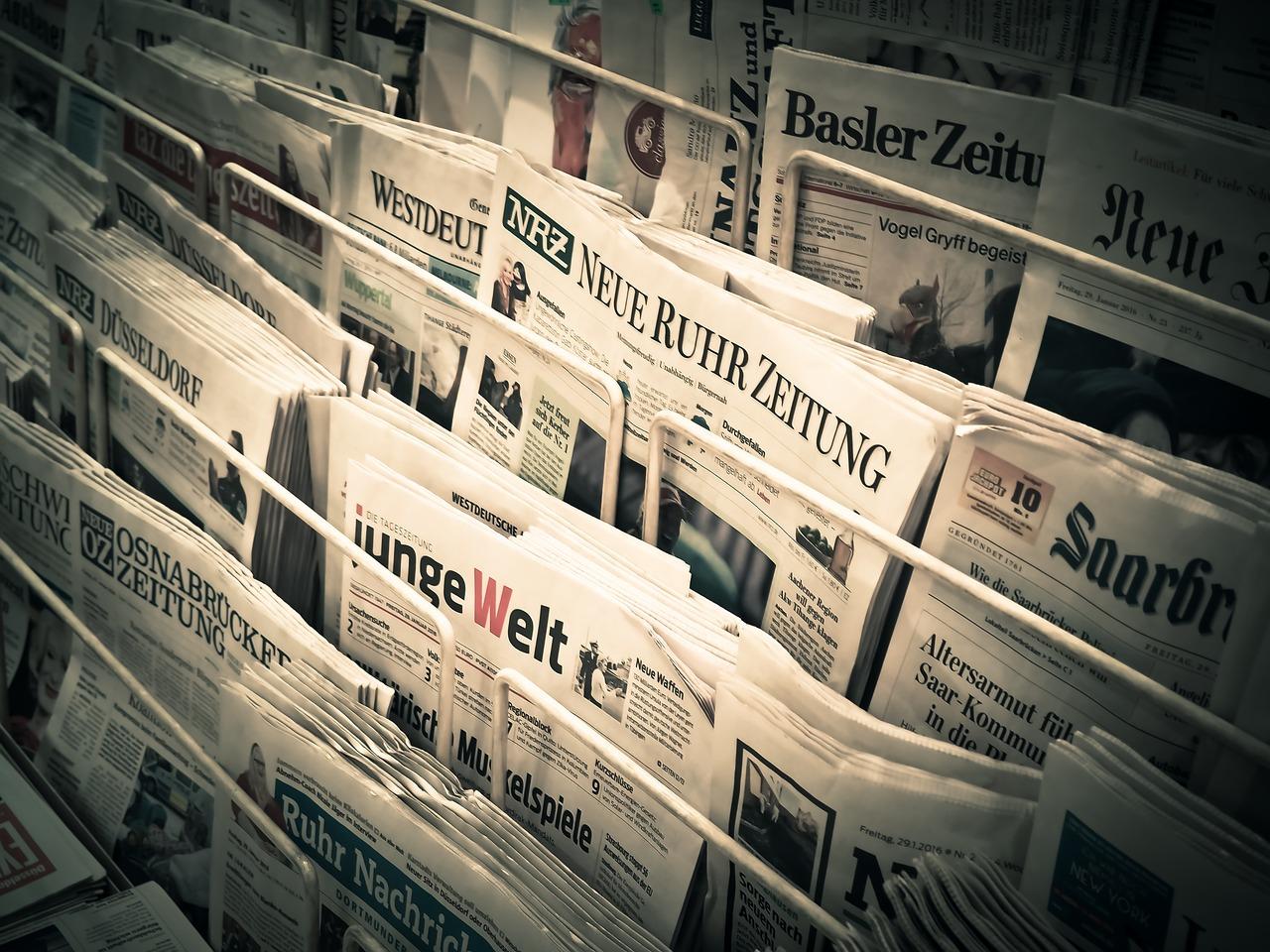Suivre l'actualité en ligne : quelles sont les avantages ?
